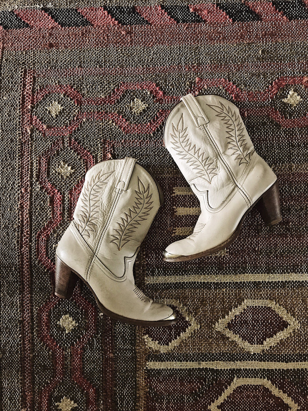 Vintage Acme Cowgirl Boots in Bone