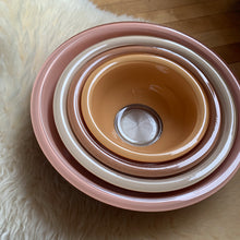 Load image into Gallery viewer, Vintage PYREX Terra-Cotta Bowl Set