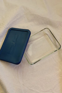 Vintage Pyrex Glass Container 01
