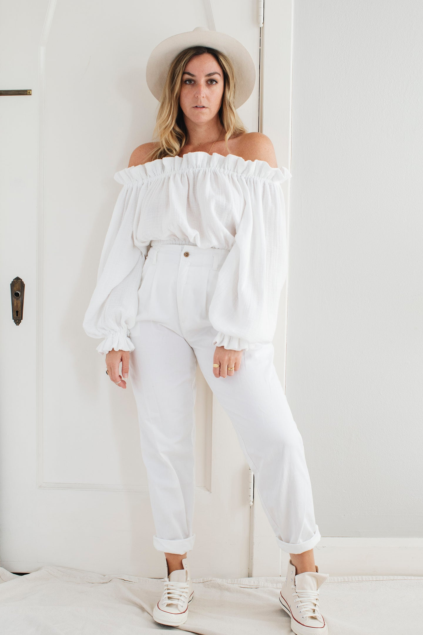 Vintage Relaxed White Pants - M