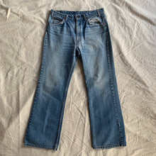 Load image into Gallery viewer, Vintage Levi's 517 - 28