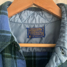 Load image into Gallery viewer, Vintage Pendleton Flannel - M
