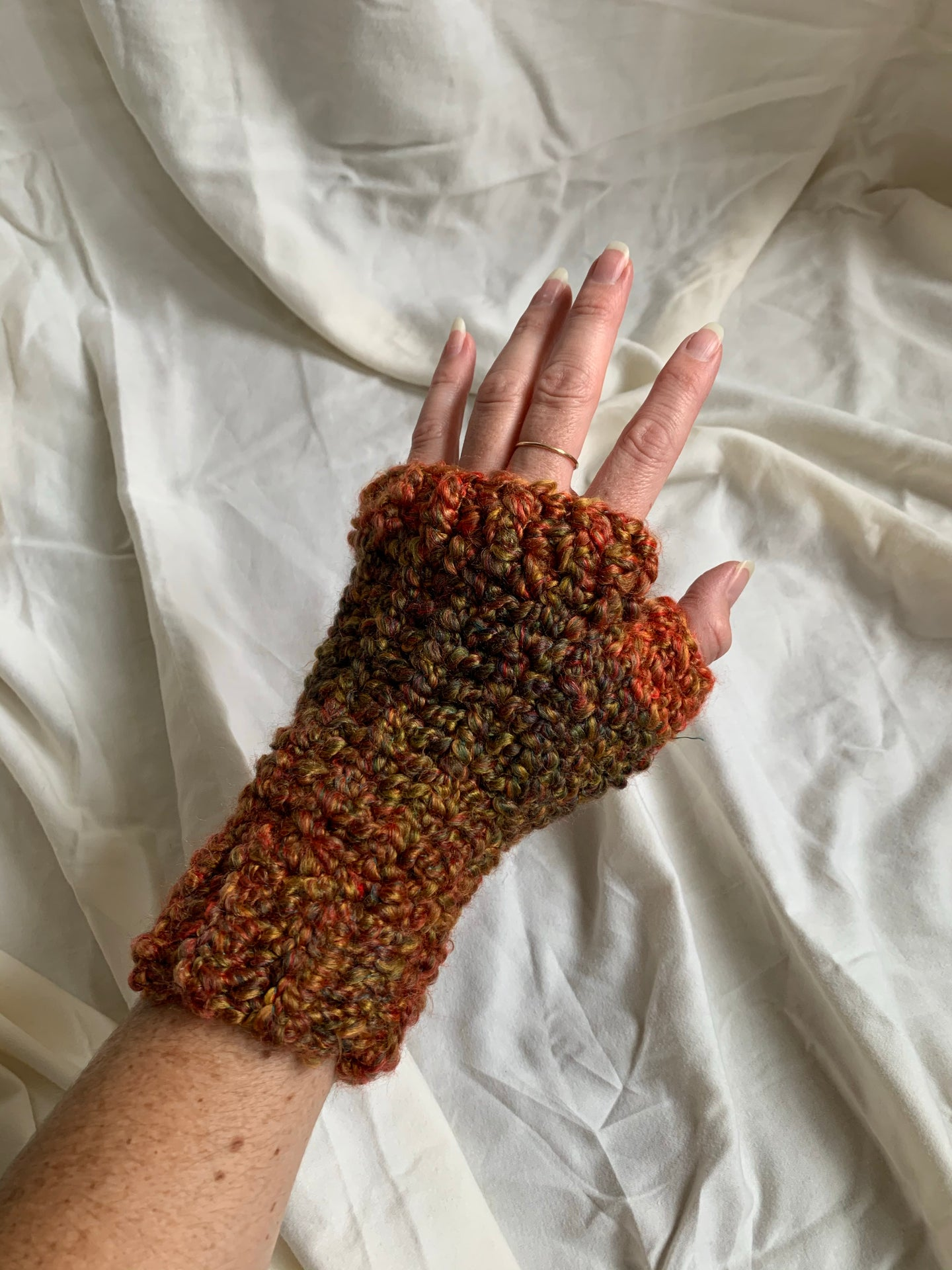 Vintage Knit Gloves