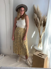 Load image into Gallery viewer, Floral Boho Skirt - L