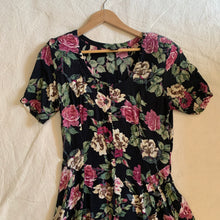 Load image into Gallery viewer, 80s Floral Dress - M