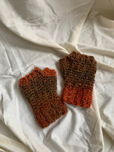 Load image into Gallery viewer, Vintage Knit Gloves