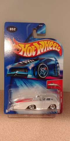 Hot Wheels 2004 First Editions 52/100 Crooze Bedtime
