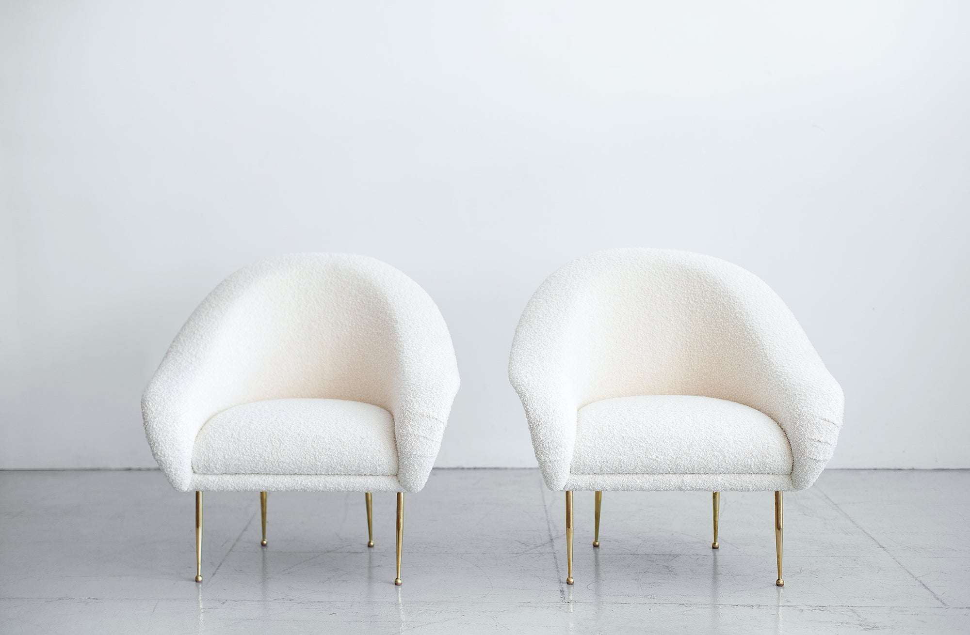 Picture of: Pair Of Salon Slipper Chairs Orange Furniture Los Angeles
