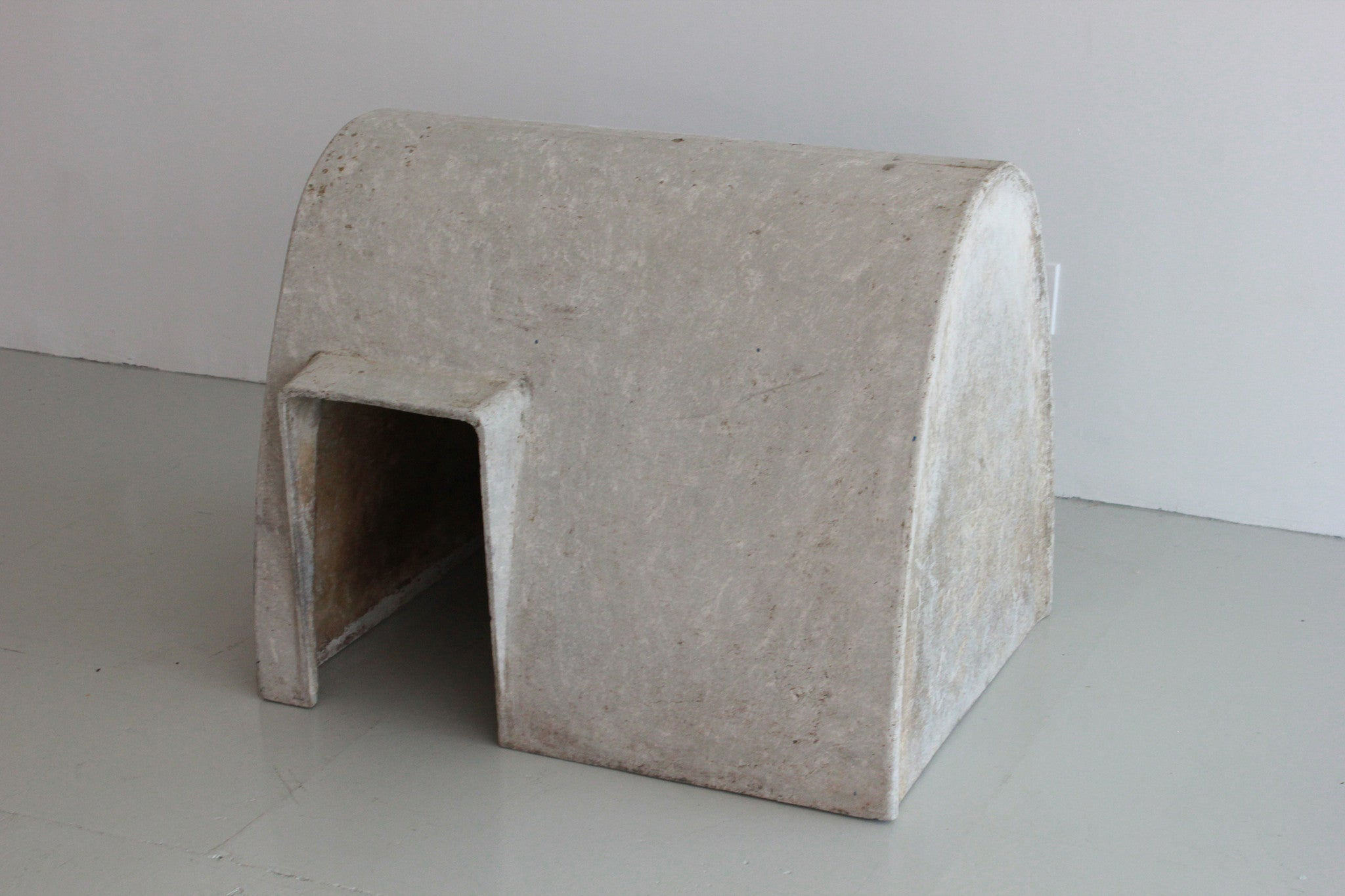 ... Concrete Doghouse By Willy Guhl ...