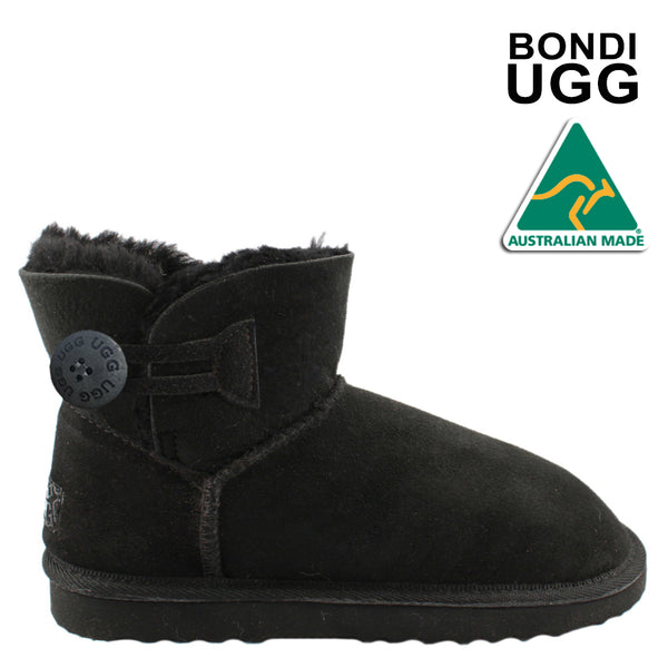 415009a5a06 Uggs tagged