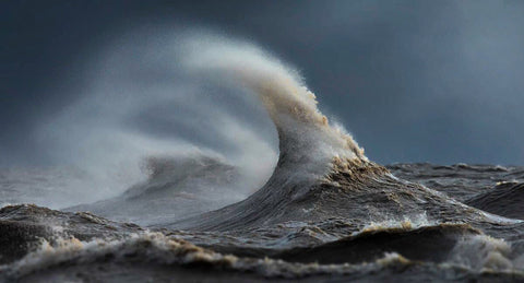 Great Lake furious water photography
