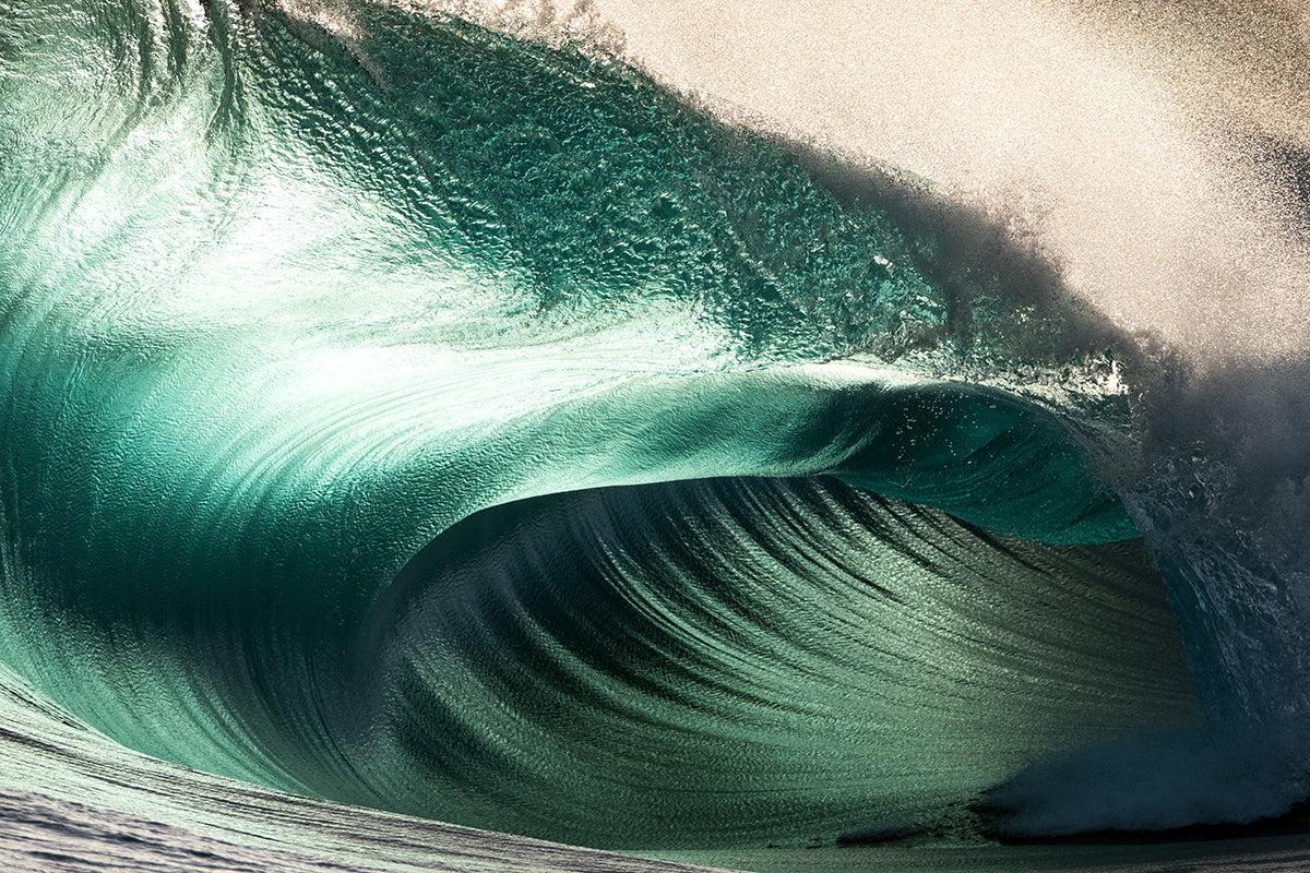 Ocean photo of wave by Russell Ord