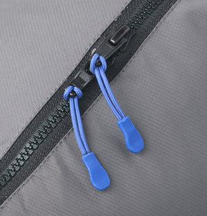 SSCR MEDIUM - Camera Rain Cover zipper close up