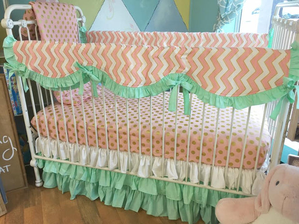Mint, Pink & Gold Bumperless Crib Bedding