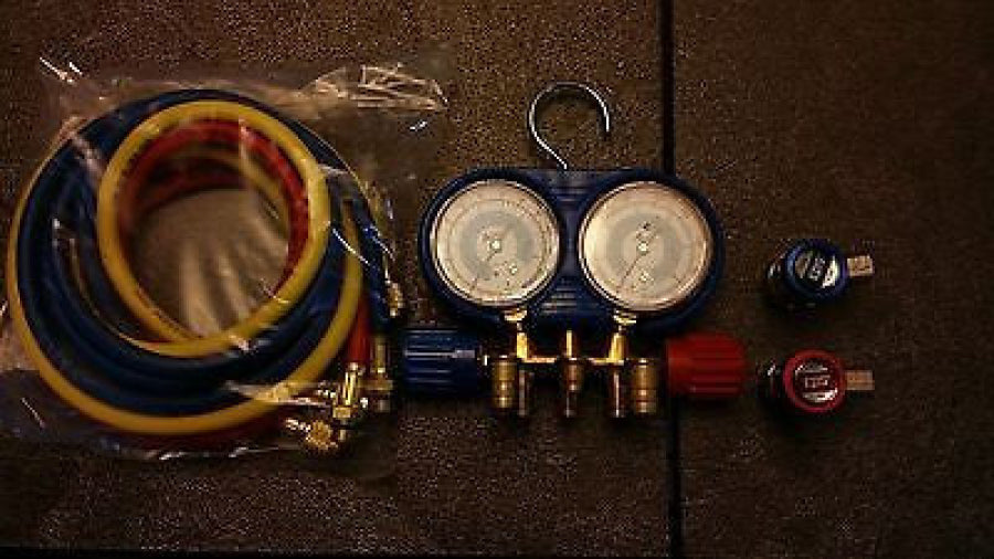 CPS Brass 134a manifold With Blue Boot 6 Ft Colored Hoses AM134BUQ