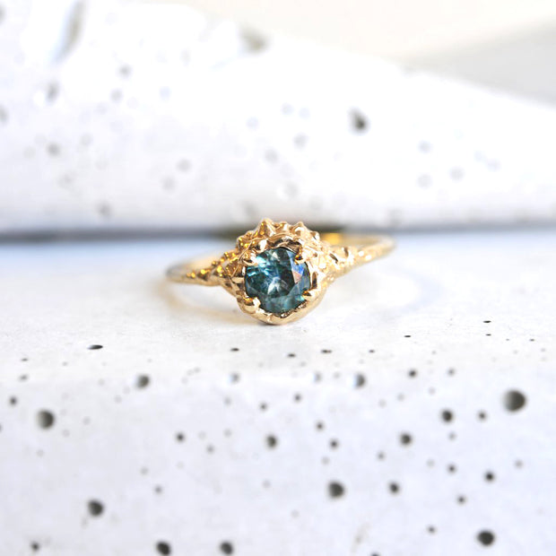 Montana Sapphire Gold Ring