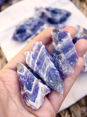 Chevron Amethyst Rough Medium