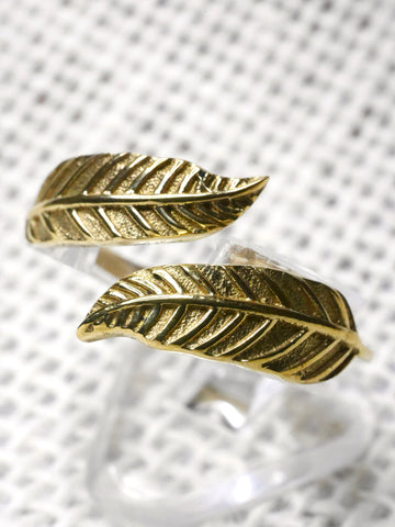 Adjustable Feather Brass Ring
