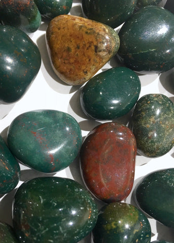 Bloodstone tumbled stone - mineralism - Default type