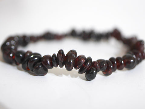 Garnet polished chip bracelet