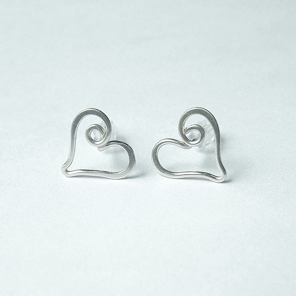 heart post earrings