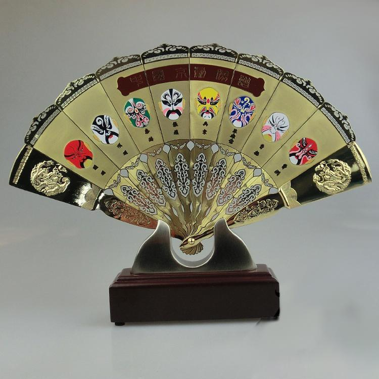 Golden Chinese fan Chinese fan Asian craftsman Chinese Drama