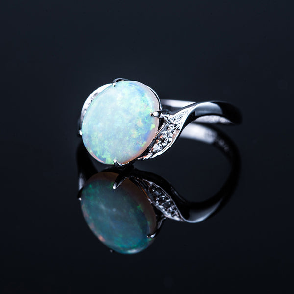 18K White Gold Oval Opal (1.60ct) Ring