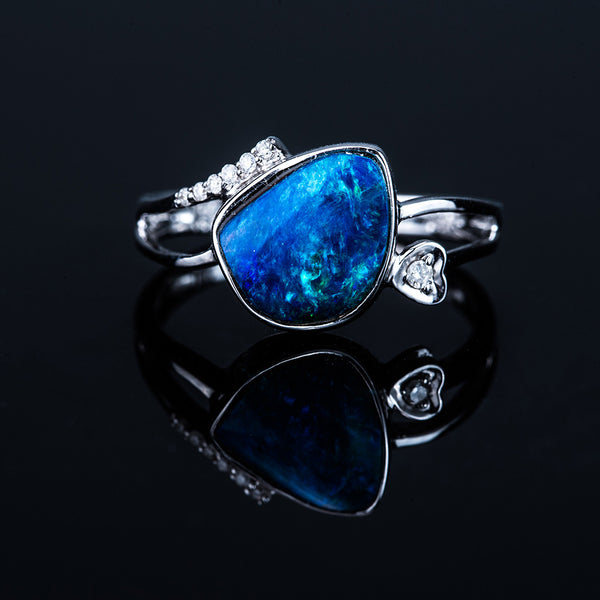 18K White Gold Opal (1.86ct) Ring