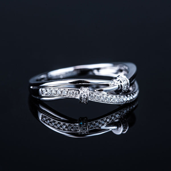 Curves - 18k White Gold Diamond Ring