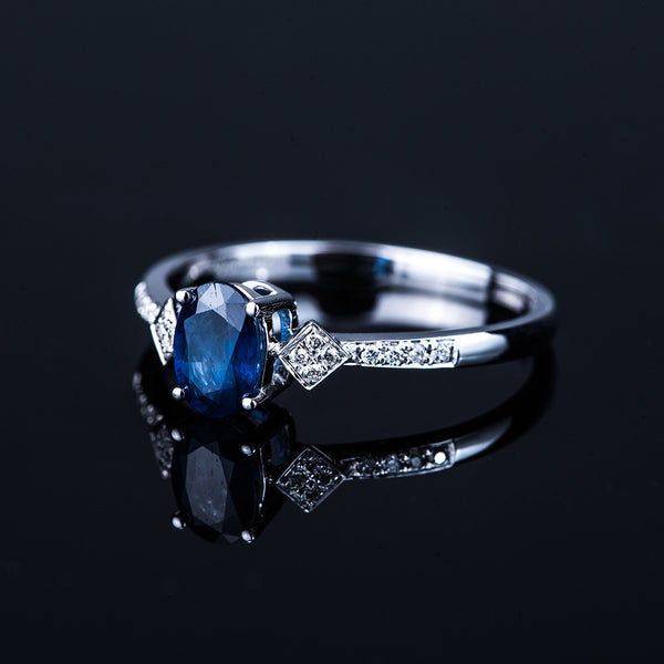 18K White Gold Oval Sapphire Diamond Ring