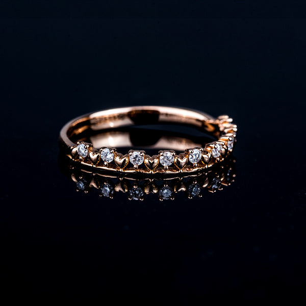 Lots of Love - 18K Gold Diamond Ring