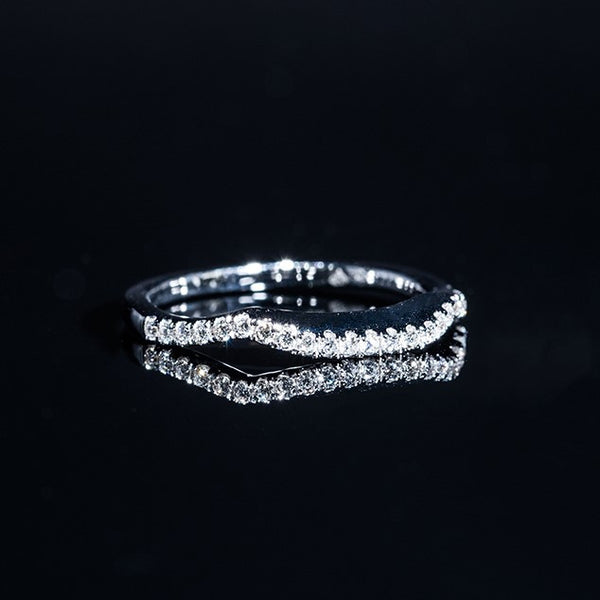 Not Round - 18K White Gold Diamond Ring