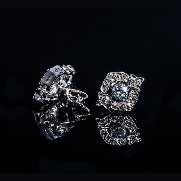 Queenly - 18K Diamond Stud Earrings