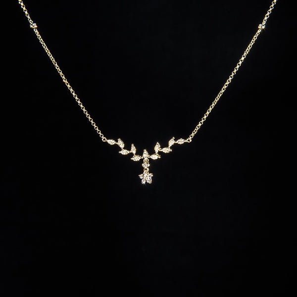 The Only One - 18k Yellow Gold Flower & Leaf Diamond Necklace