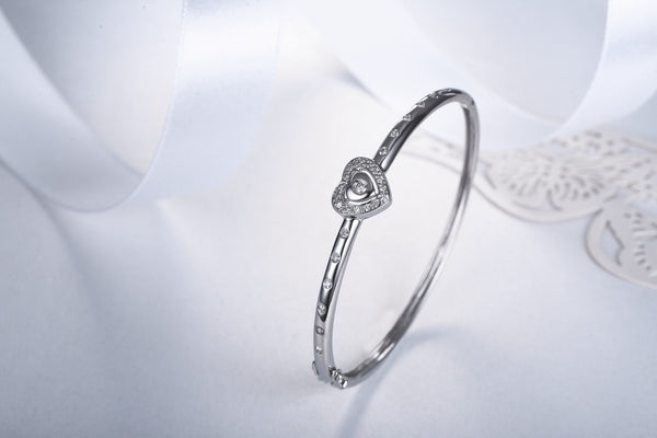 Heart of Tavarua Bangle  [18K]