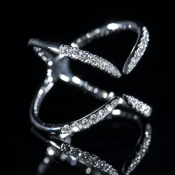 Claws Signature - 18K White Gold Diamond Ring | Jress.com