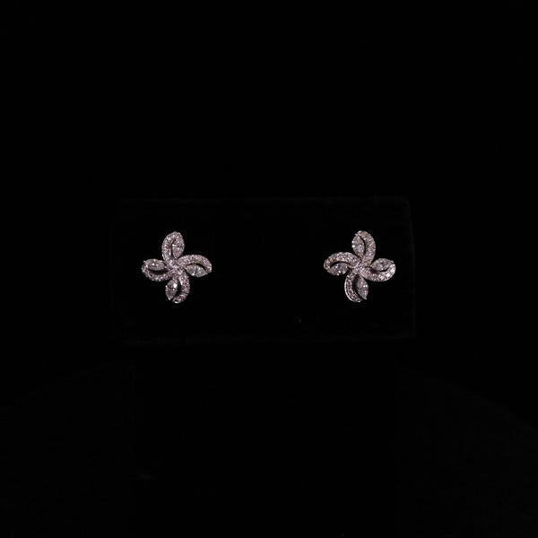 Royal Kisses - 18k Diamond Earrings