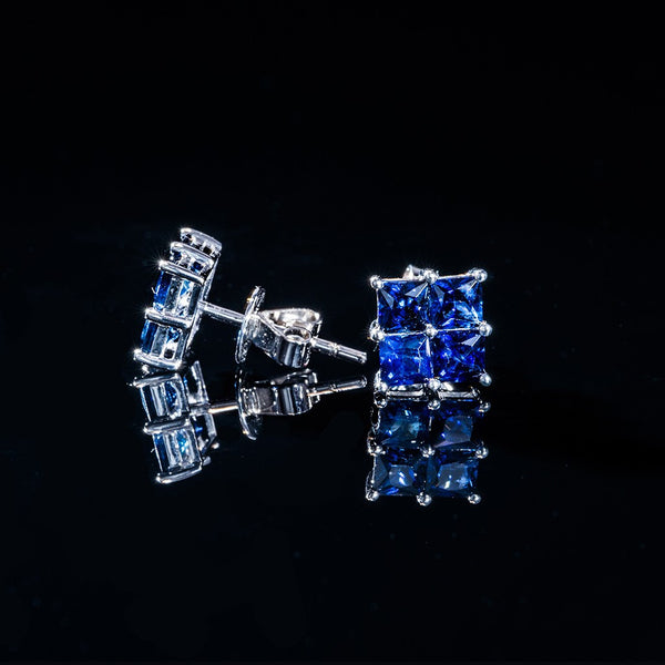 Elegant Blue - 18k Sapphire Stud Earrings