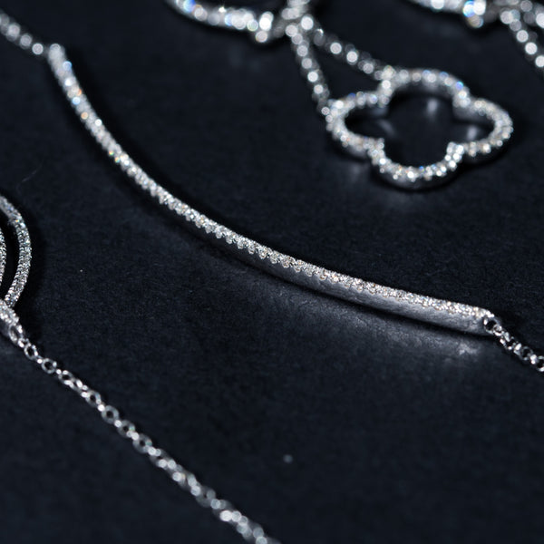 Smile - 18k White Gold Diamond Necklace | Jress.com