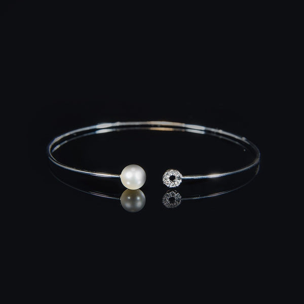 Trendy Wire Bangle - 18K White Gold Bangle with Fresh Water Pearl