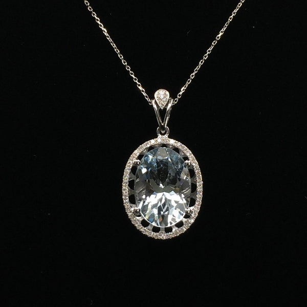 18K White Gold Aquamarine with Diamond Pendant