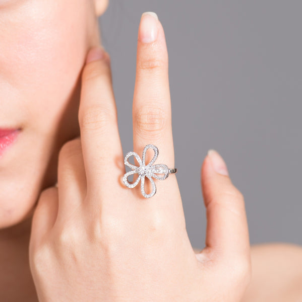 Open Flower - 18K White Gold Open Flower Diamond Ring