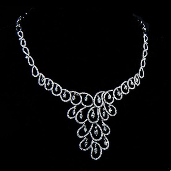 Rain Drops - 18k White Gold Diamond Chandelier Necklace