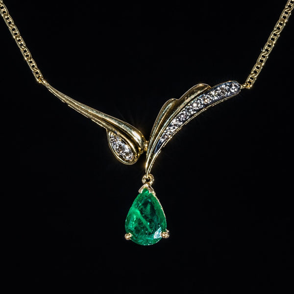 Classic Pear Emerald Necklace - 18K Gold Necklace with Emerald