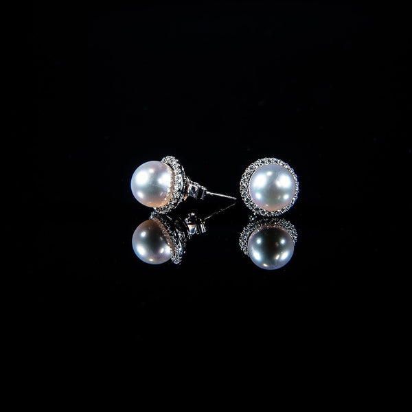 The Pearl and The Crown - 18K Pearl Stud Earrings with Detachable Diamond Crown