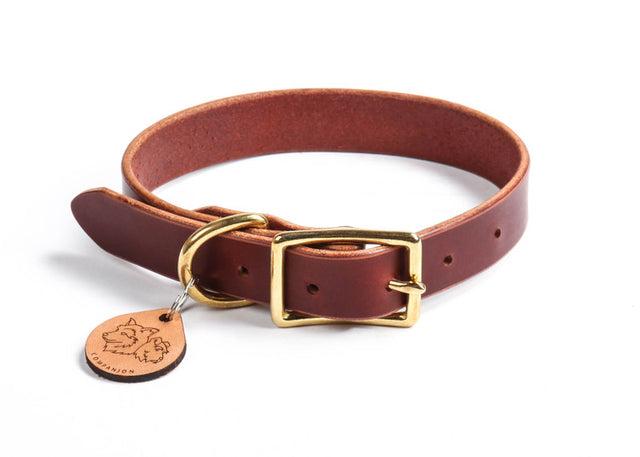 Essential Burgundy Leather Collar