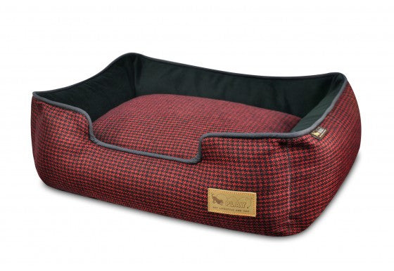 Cayenne Red Houndstooth Lounge Bed
