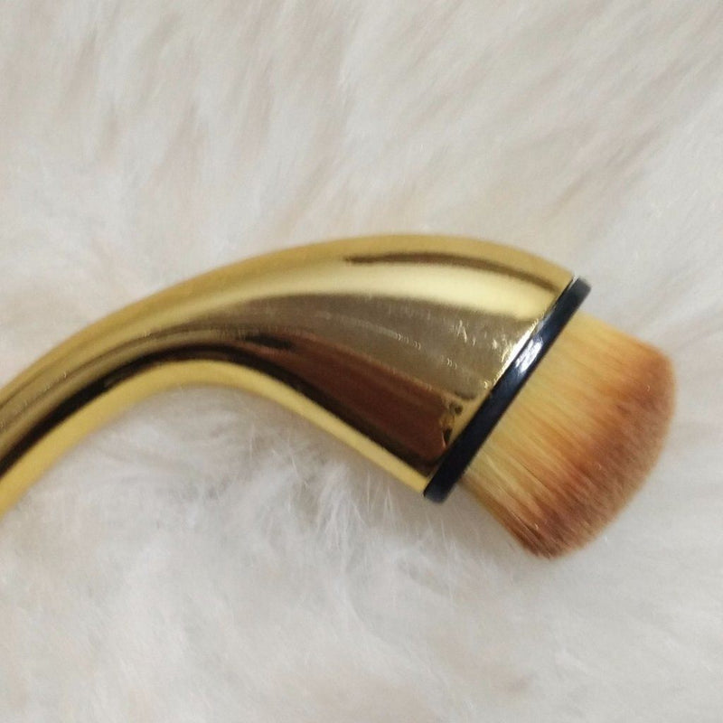 Single Oval Brush F05 - Small Blender Brush Single Makeup Brush Jolie Beauty Gold