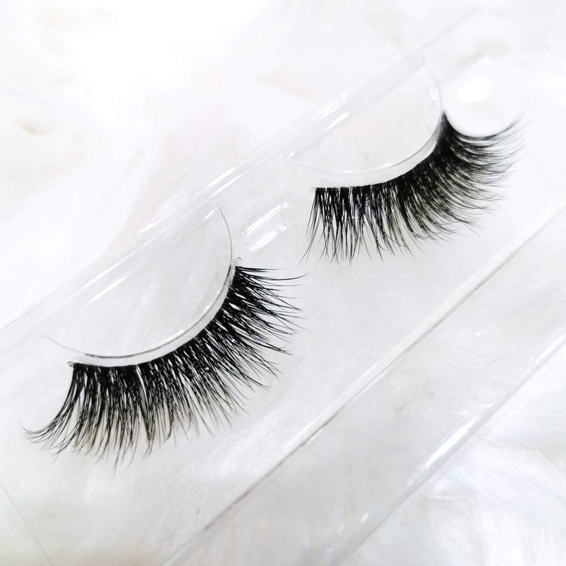 Jolie Beauty Lashes - Wispy Collection - April - Jolie Beauty