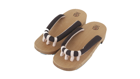 Getals Women's Basic sandals sold by Abaeran Japanese Artisan Goods are a stunning update of traditional Japanese footwear for women, handmade in Japan.